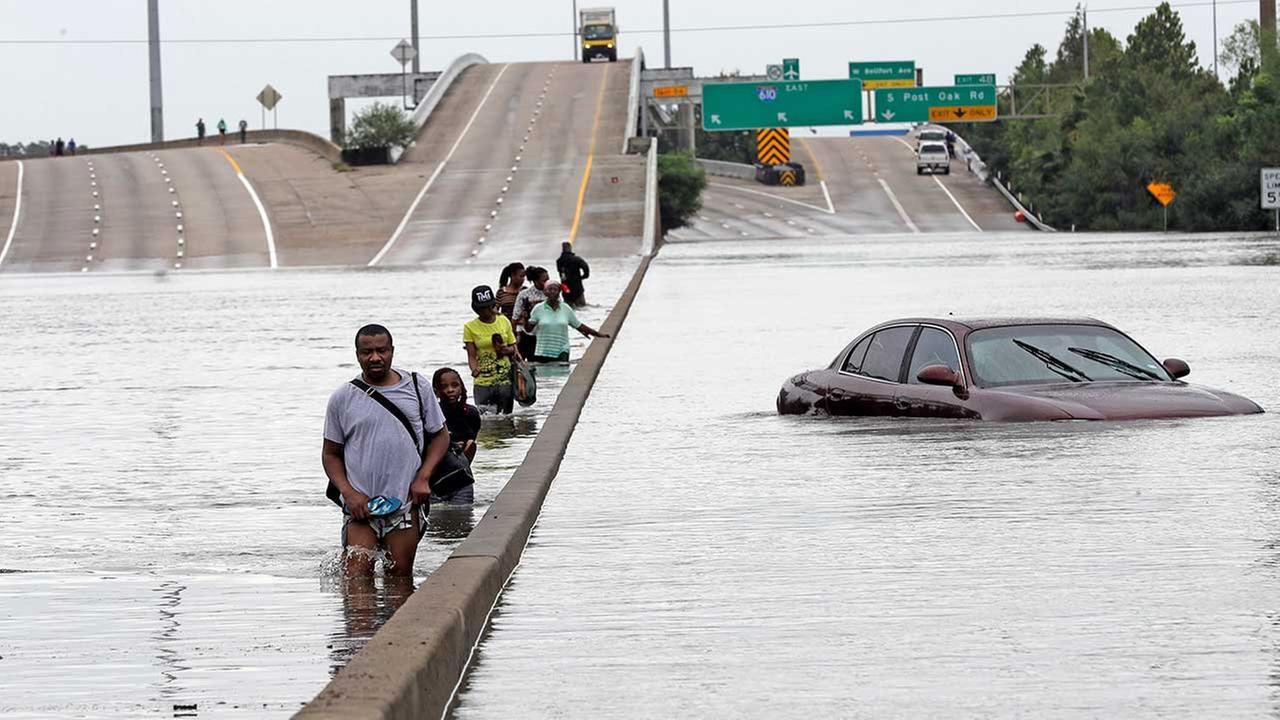 Tropical Storm Harvey moves through Houston