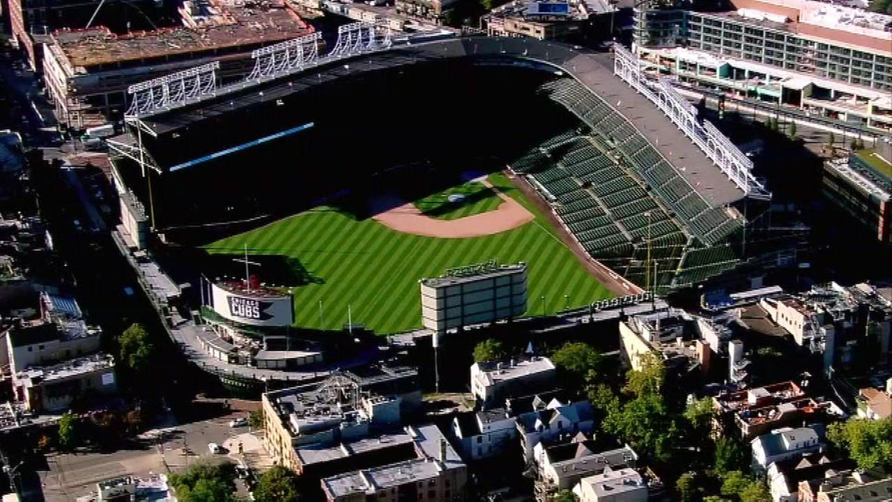 Man suing Cubs, MLB after losing vision in left eye from foul ball at Wrigley Field