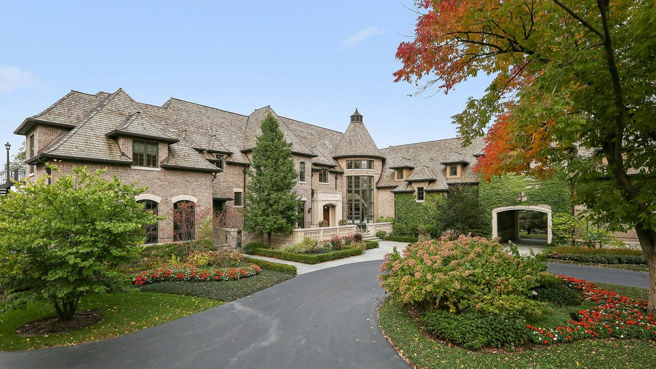 The mansion at 45 Lakeview Lane in Barrington Hills is listed at $9,950,000 and boasts five bedrooms, nine bathrooms and two partial baths.