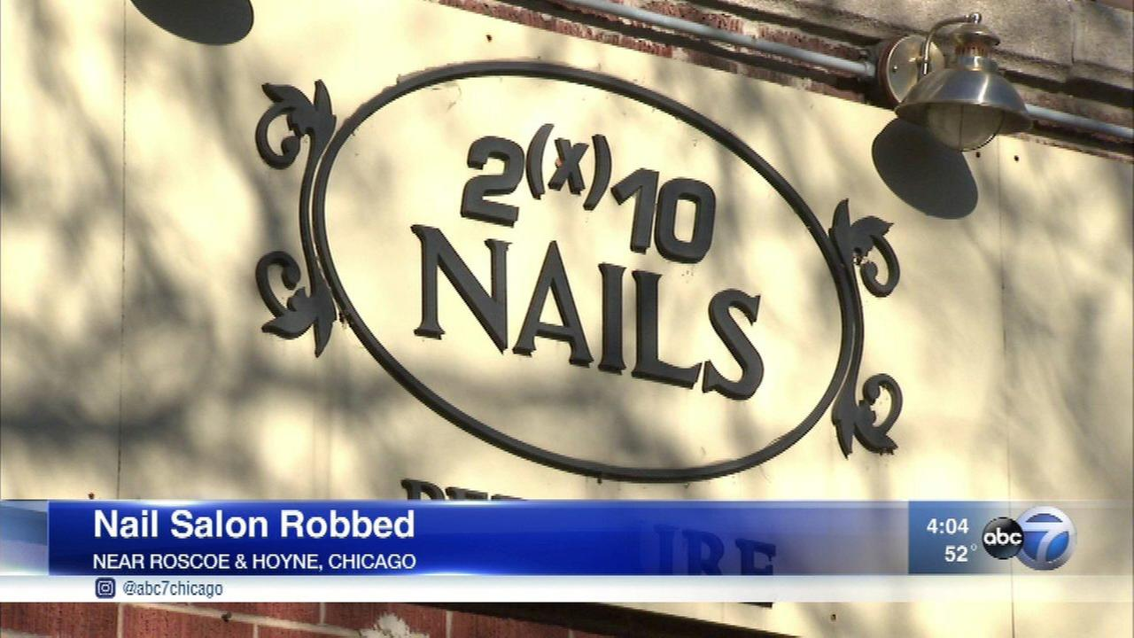 Roscoe Village nail salon robbed