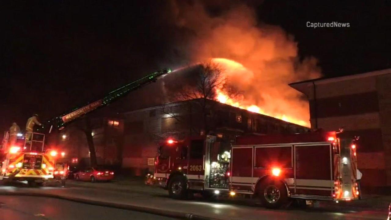 Fire rips through Calumet Park apartment building