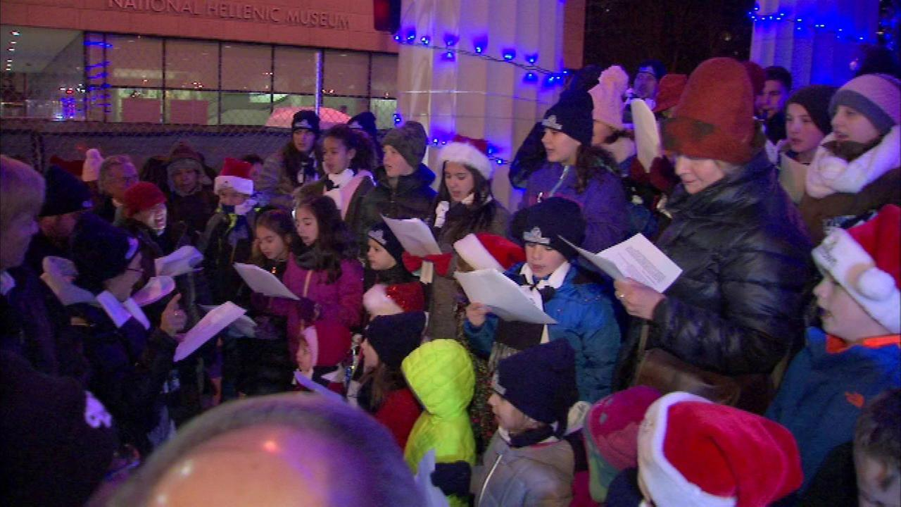Greektown 's annual Christmas event features carols, tree lighting