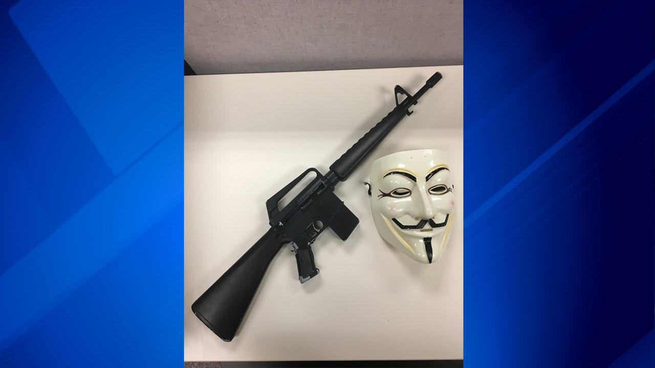 The Lake County Sheriff;s Office said that a 17-year-old Mundelein boy was wearing a mask and pointing a replica M-16 at people Saturday.