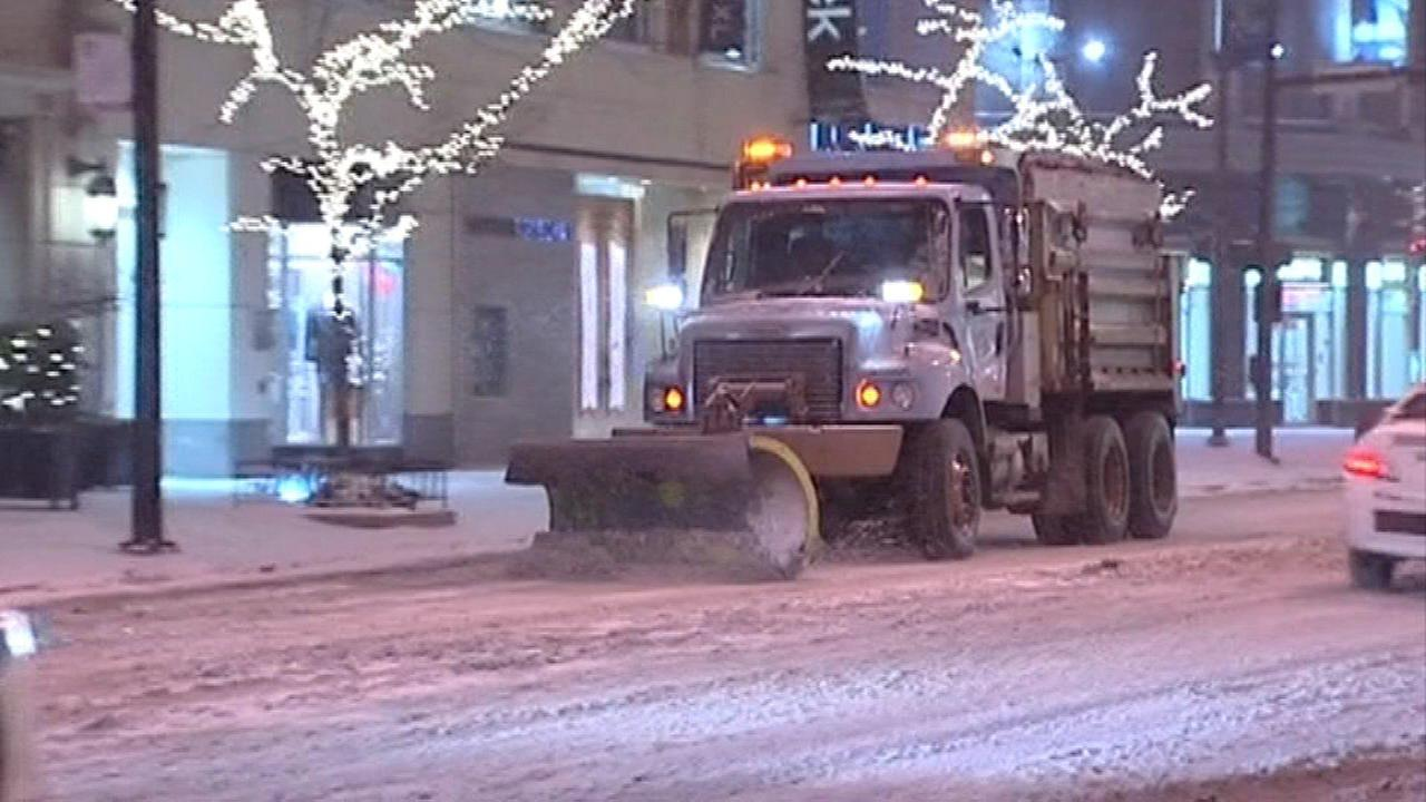 City reaches agreement with union representing garbage truck, snow plow drivers