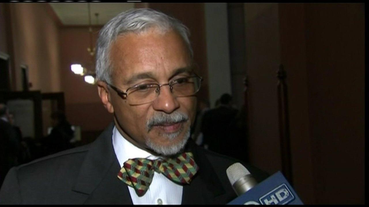 State Senator Donne Trotter announces retirement