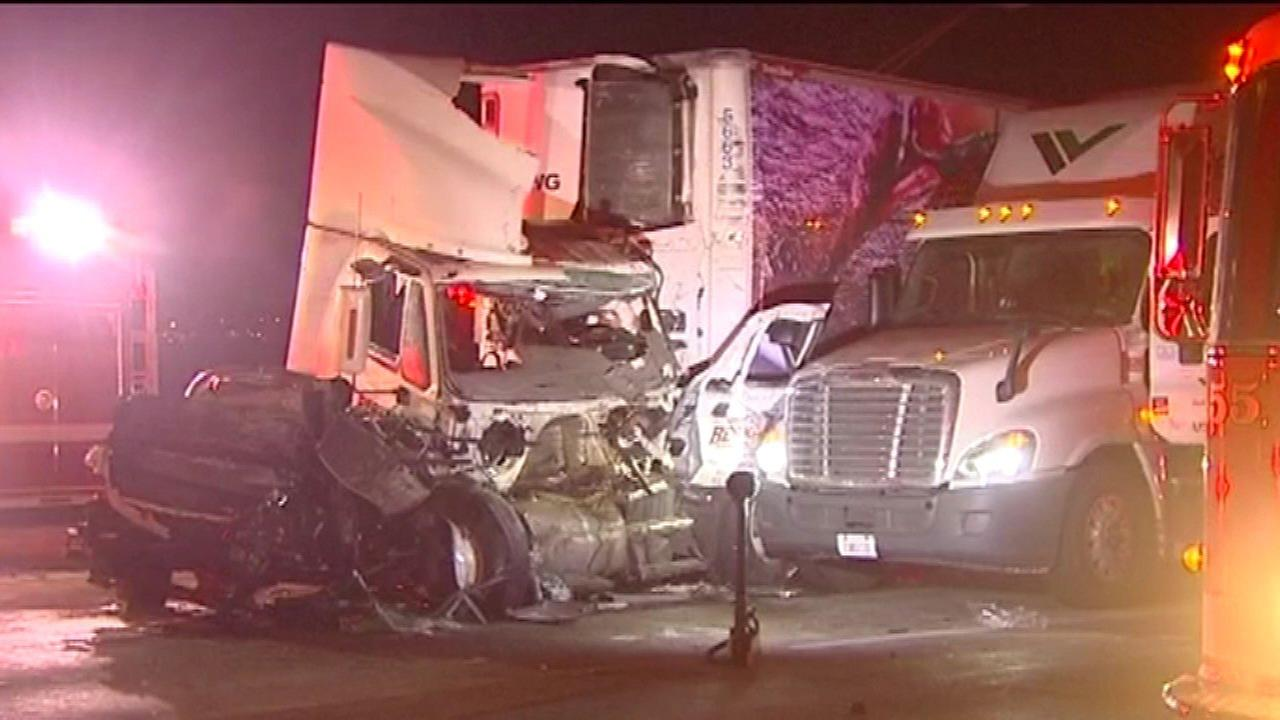 Truck driver killed in I-294 rollover crash near O'Hare Airport ID'd