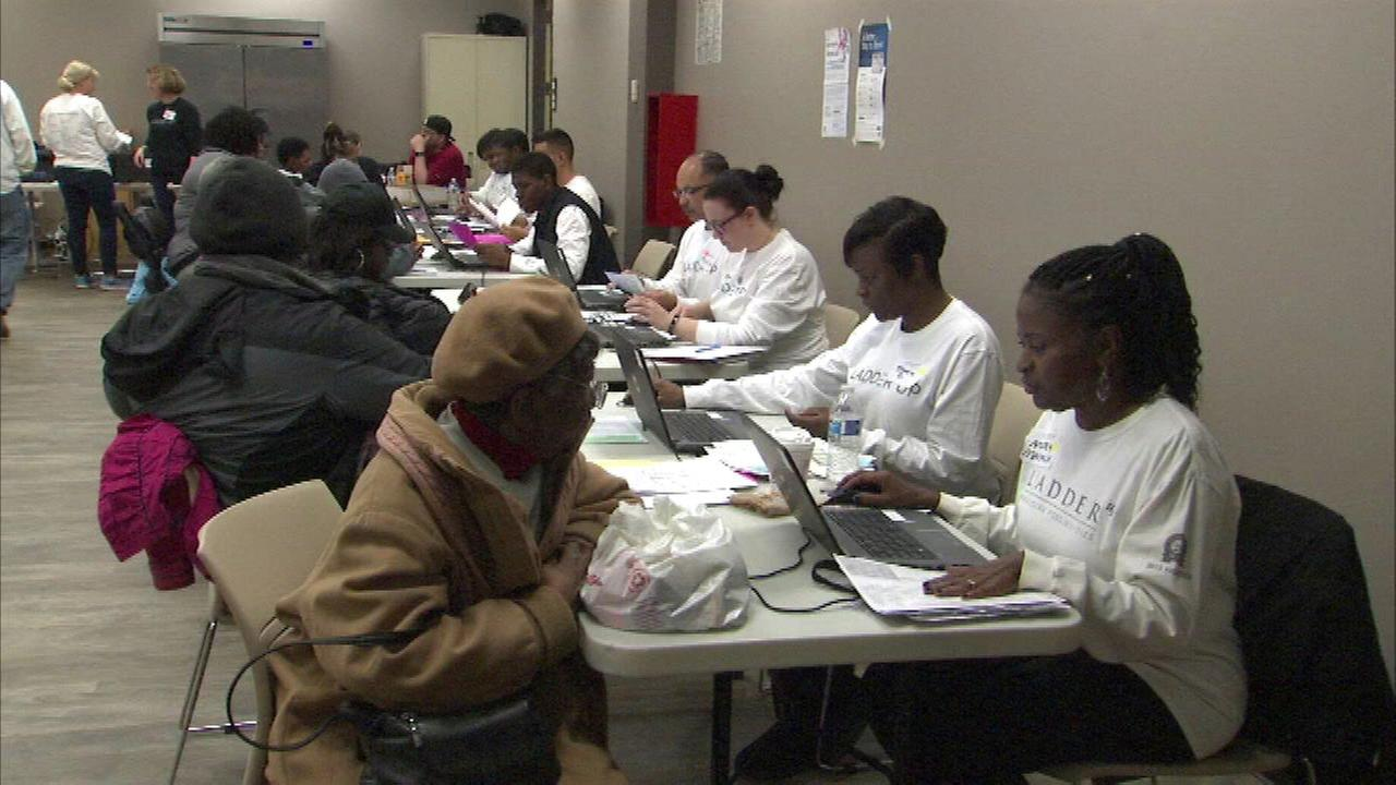 Free tax prep help available in Chicago, suburbs