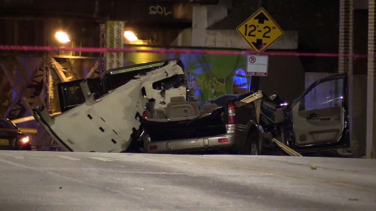 1 killed, 3 injured in crash on West Side