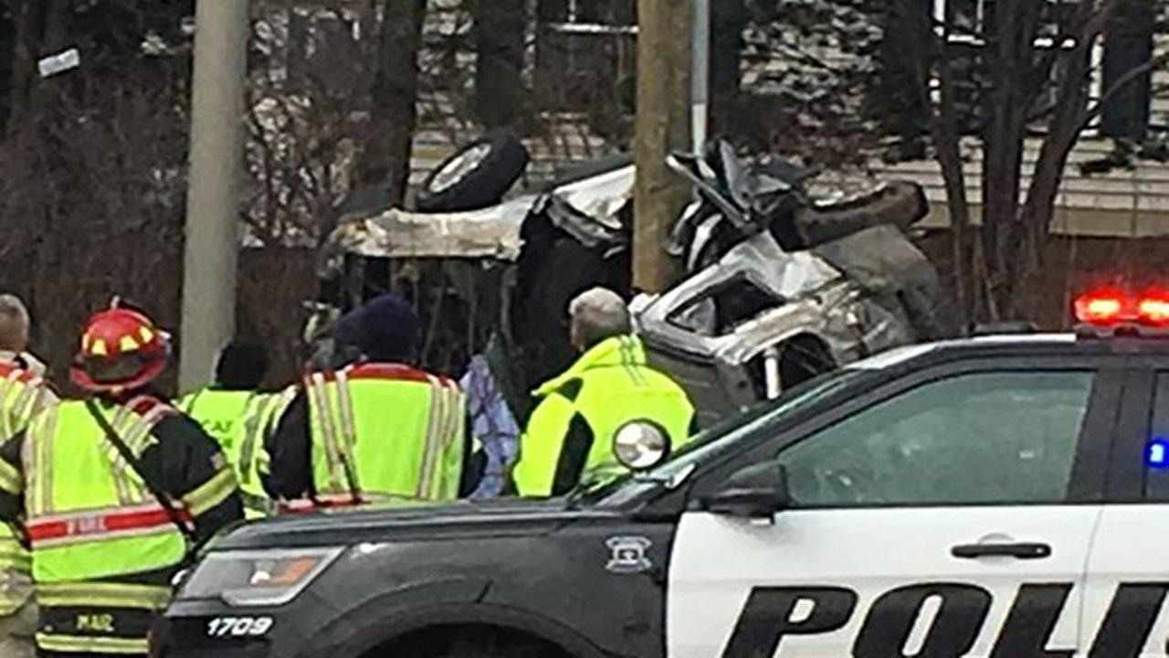 A car crash in Bartlett left two dead and five in the hospital Sunday.