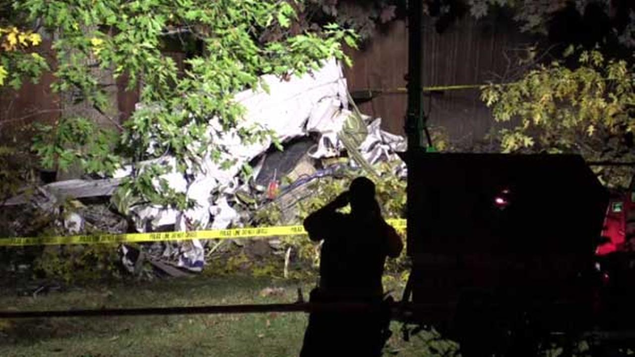 A small plane crashed in southwest suburban Palos Hills shortly after departing from Midway Airport, officials said, killing three people.