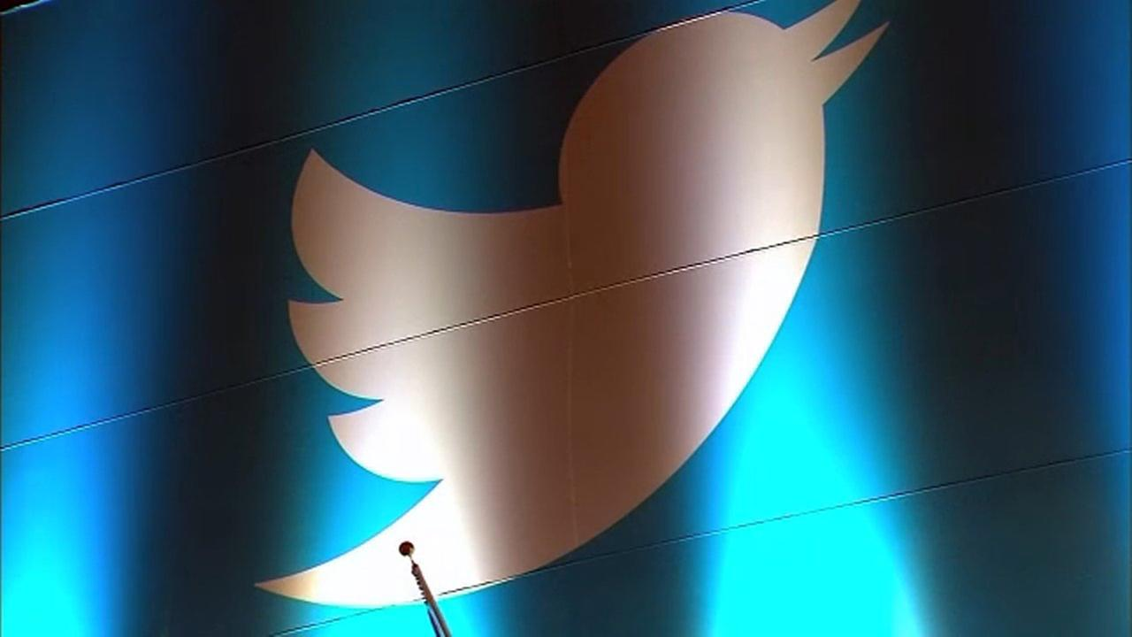 Twitter hires researchers to study the 'health' of its 'discourse'