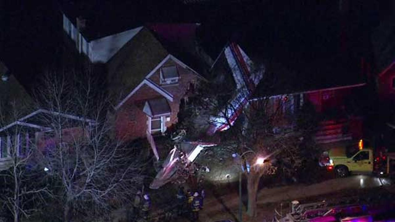 Small plane crashes into home after Midway takeoff