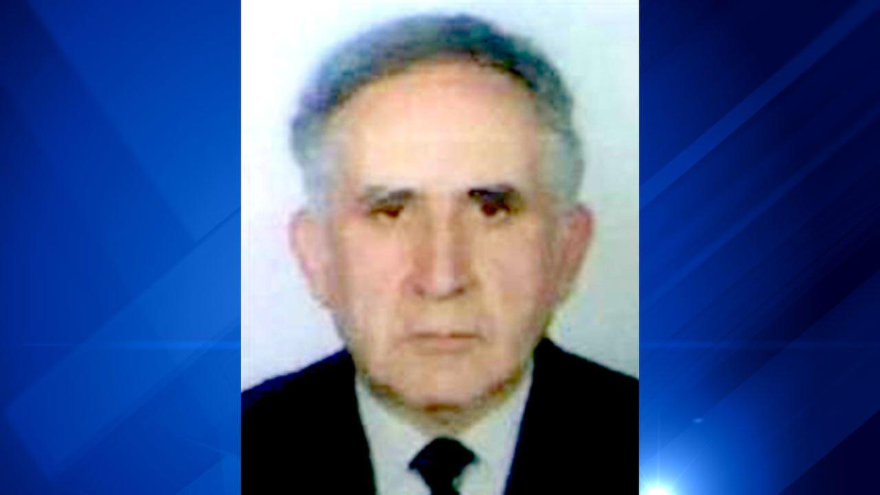 Isidor Ratner, 83, was last seen Saturday in the area near 1400 W. Morse Ave.