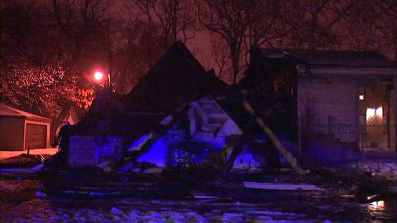 Former church destroyed in West Pullman fire