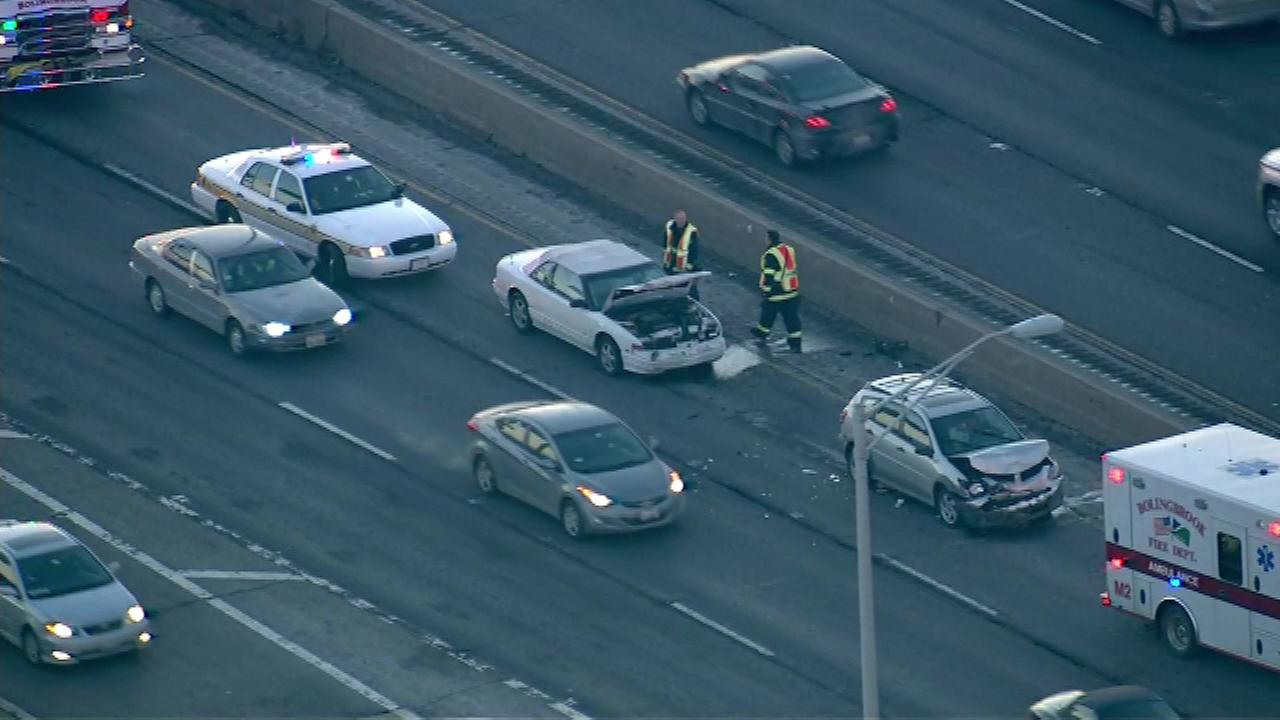 Multi-car accident on NB I-55 near Bolingbrook