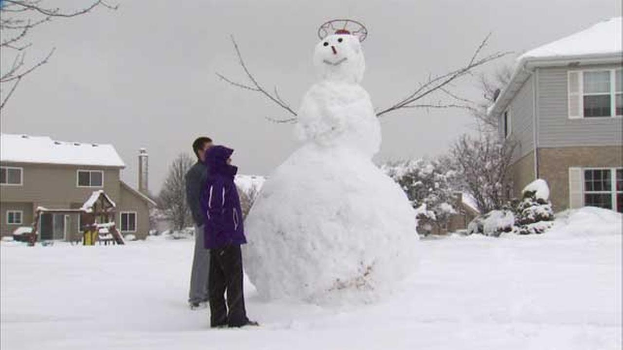 Mokena family builds 15-foot snow giant