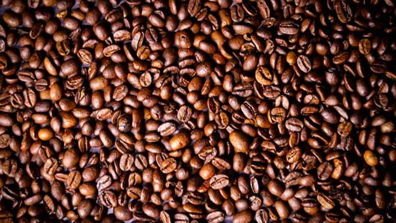 Higher coffee intake linked to lower rates of uterine cancer