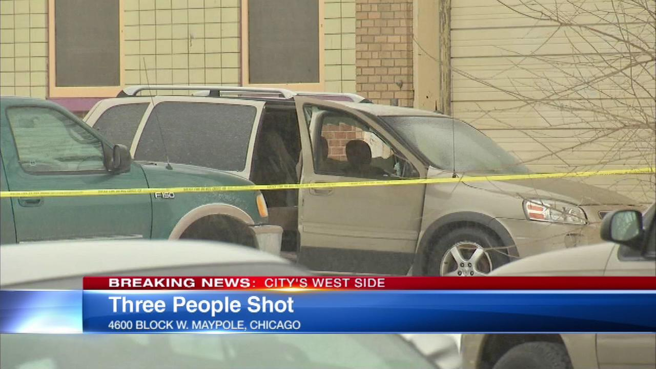 Police: 3 shot in West Garfield Park