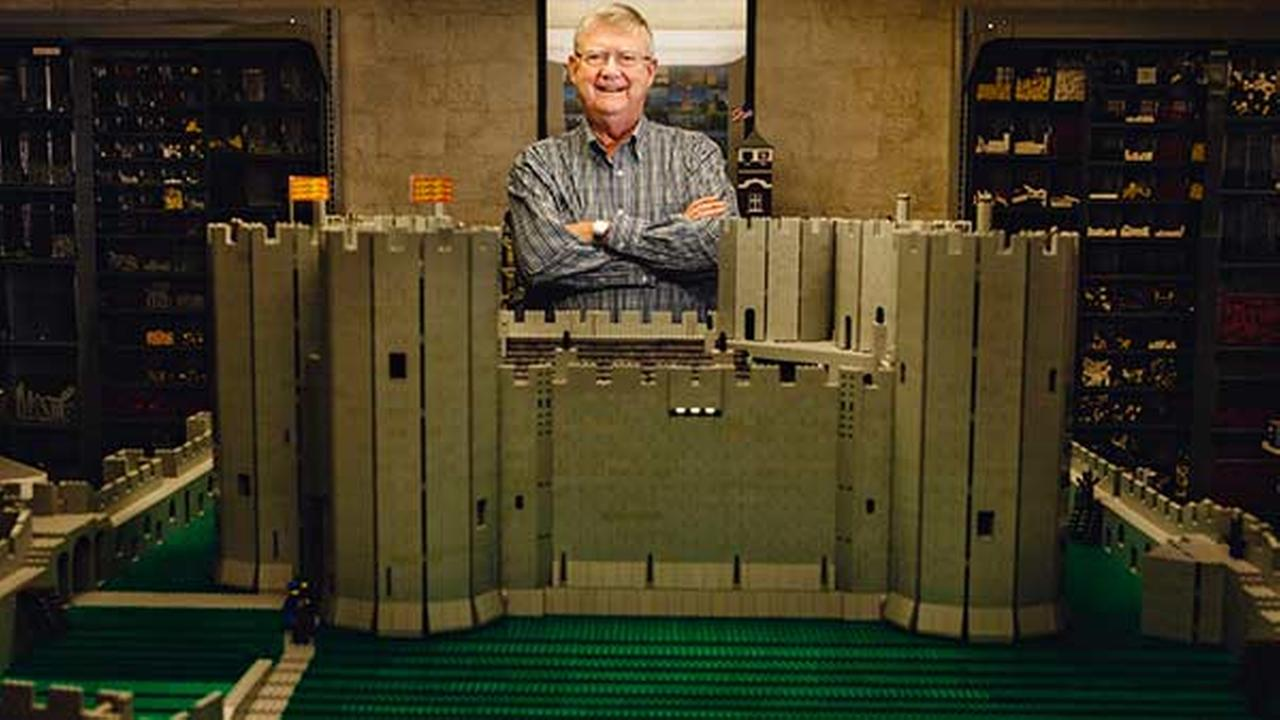 Time-lapse Video: Illinois man builds castle replica out of 50,000 Lego bricks