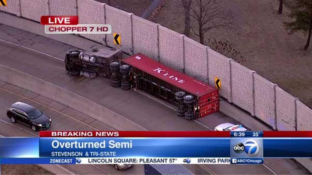 Overturned semi closes ramp from IB Stevenson to NB Tri-State
