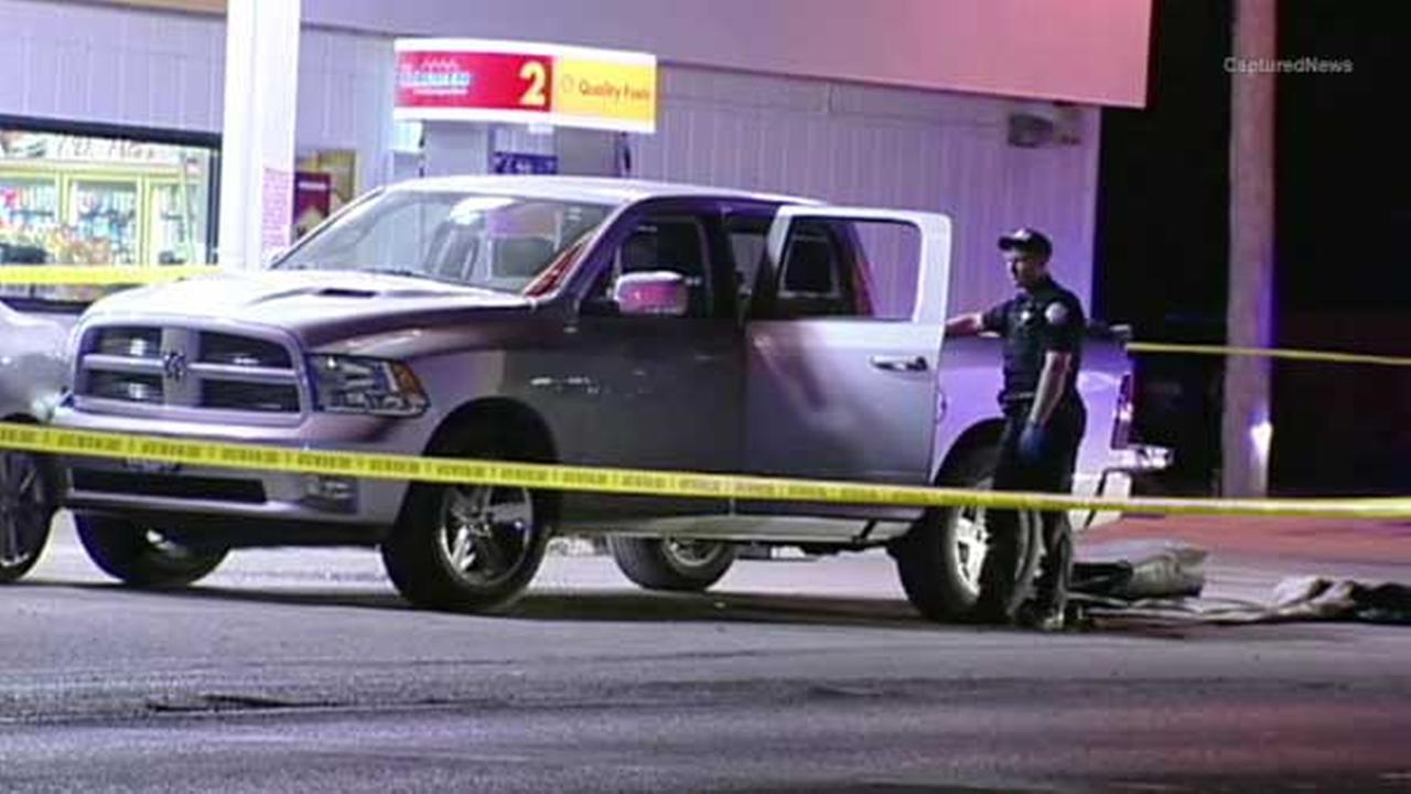 Suspect sought in shooting near Coal City gas station