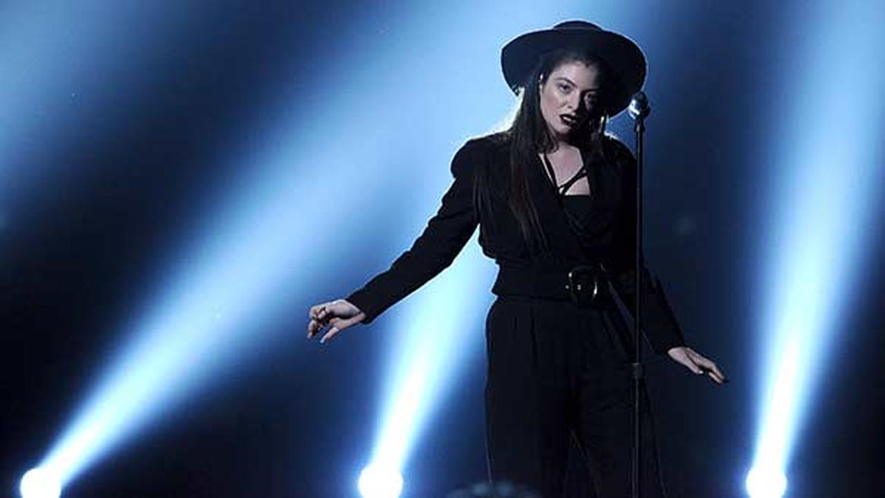 Lorde performs on stage at the Billboard Music Awards at the MGM Grand Garden Arena