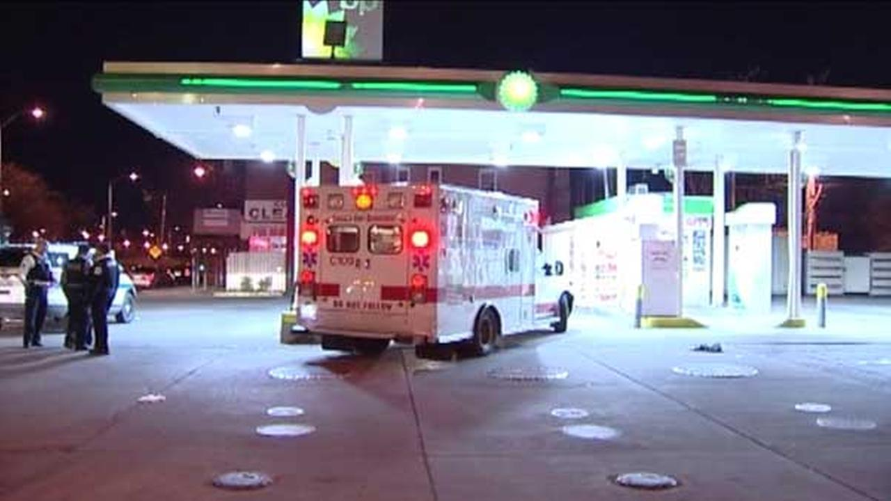 Suspect sought in Lawndale gas station carjacking