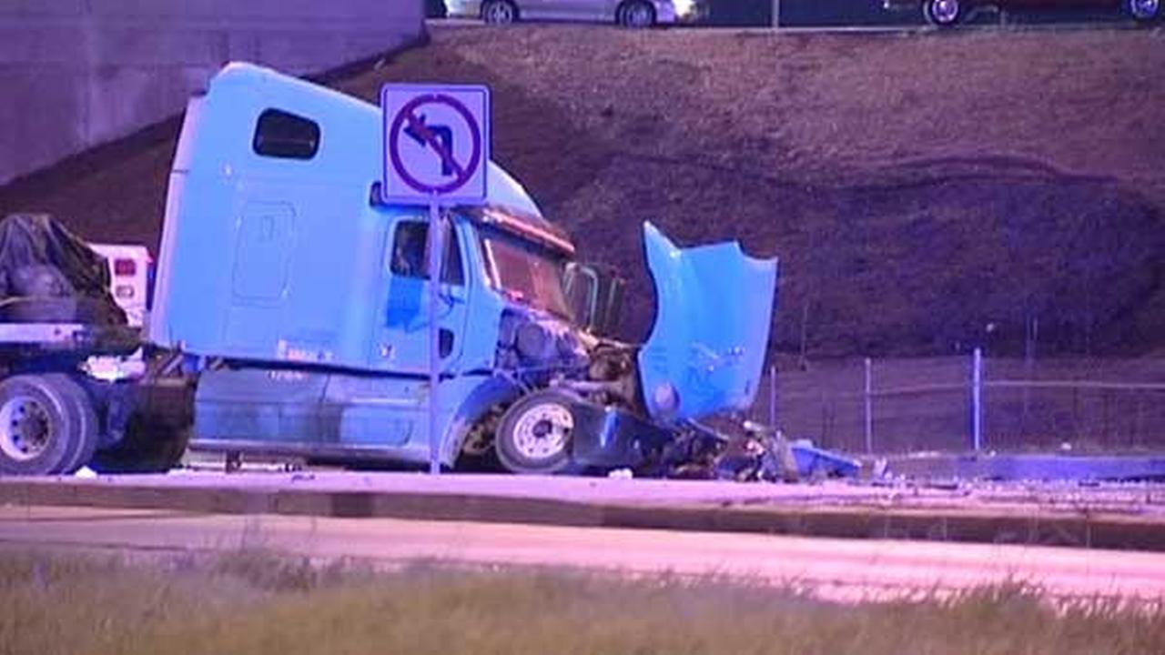 Man, 66, killed in semi crash on Far South Side