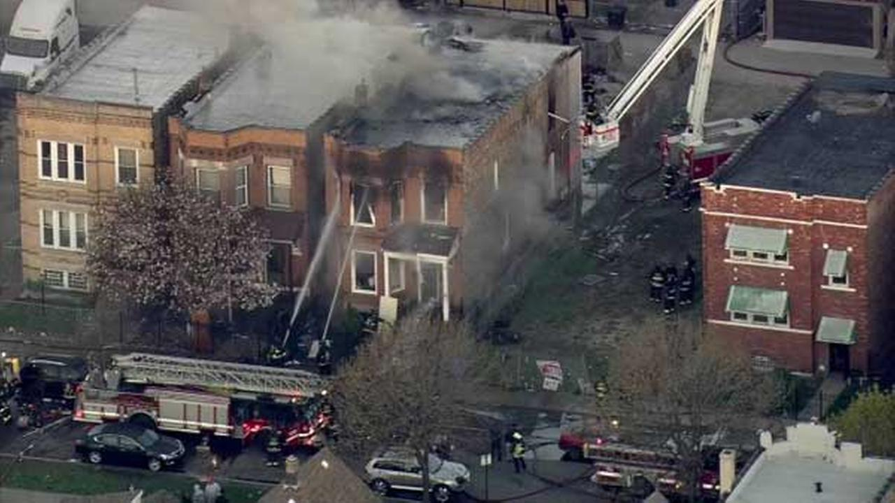 No injuries in East Garfield Park house fire