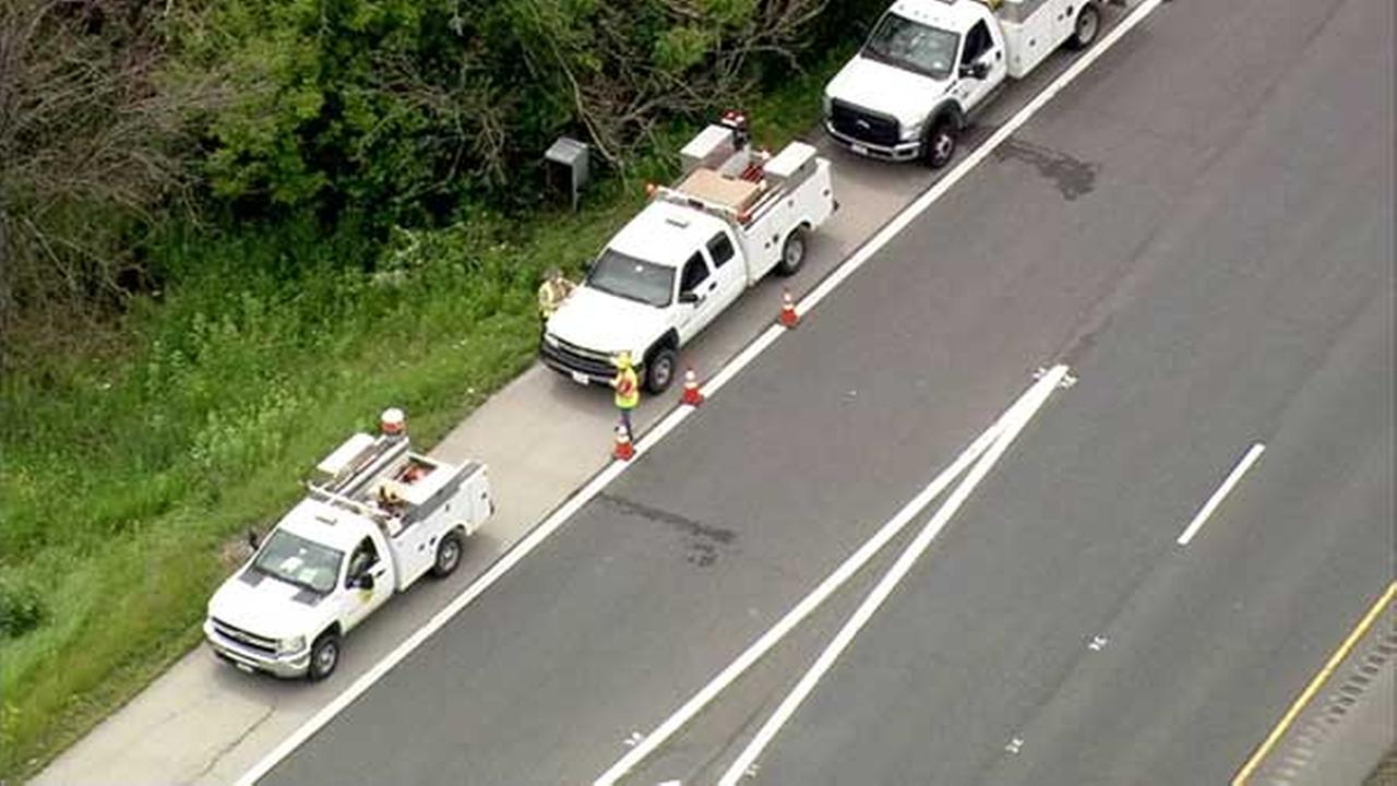 Electrical worker injured just off I-55 in Wilmington