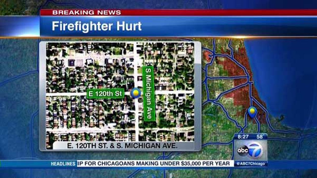 Firefighter injured in West Pullman blaze