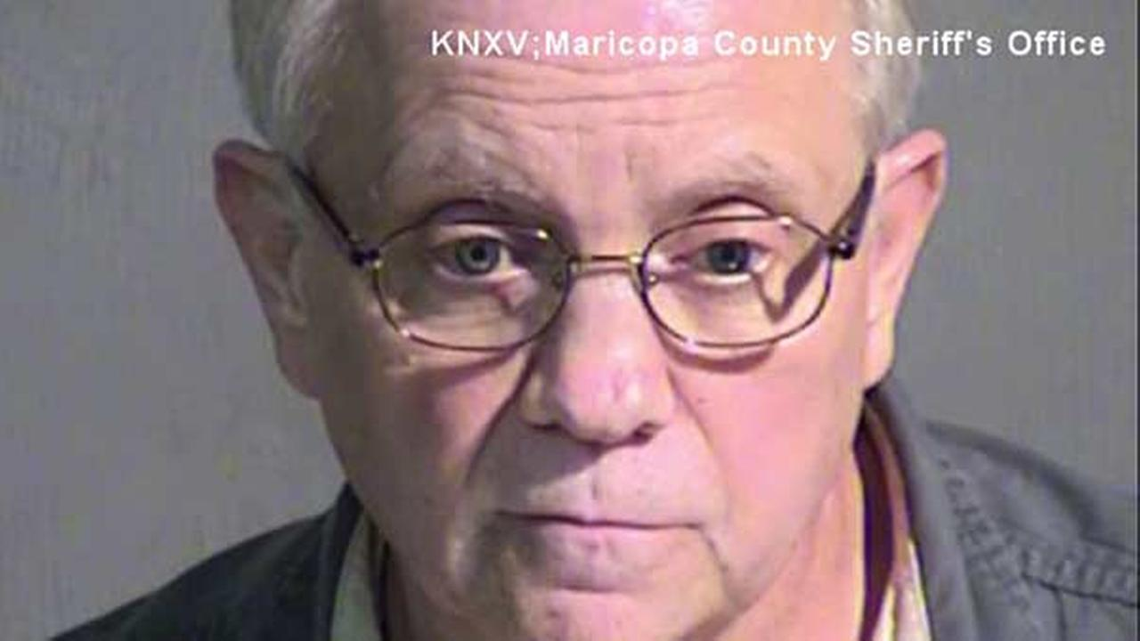 Police: Man travels from Pennsylvania to Arizona for sex with horse