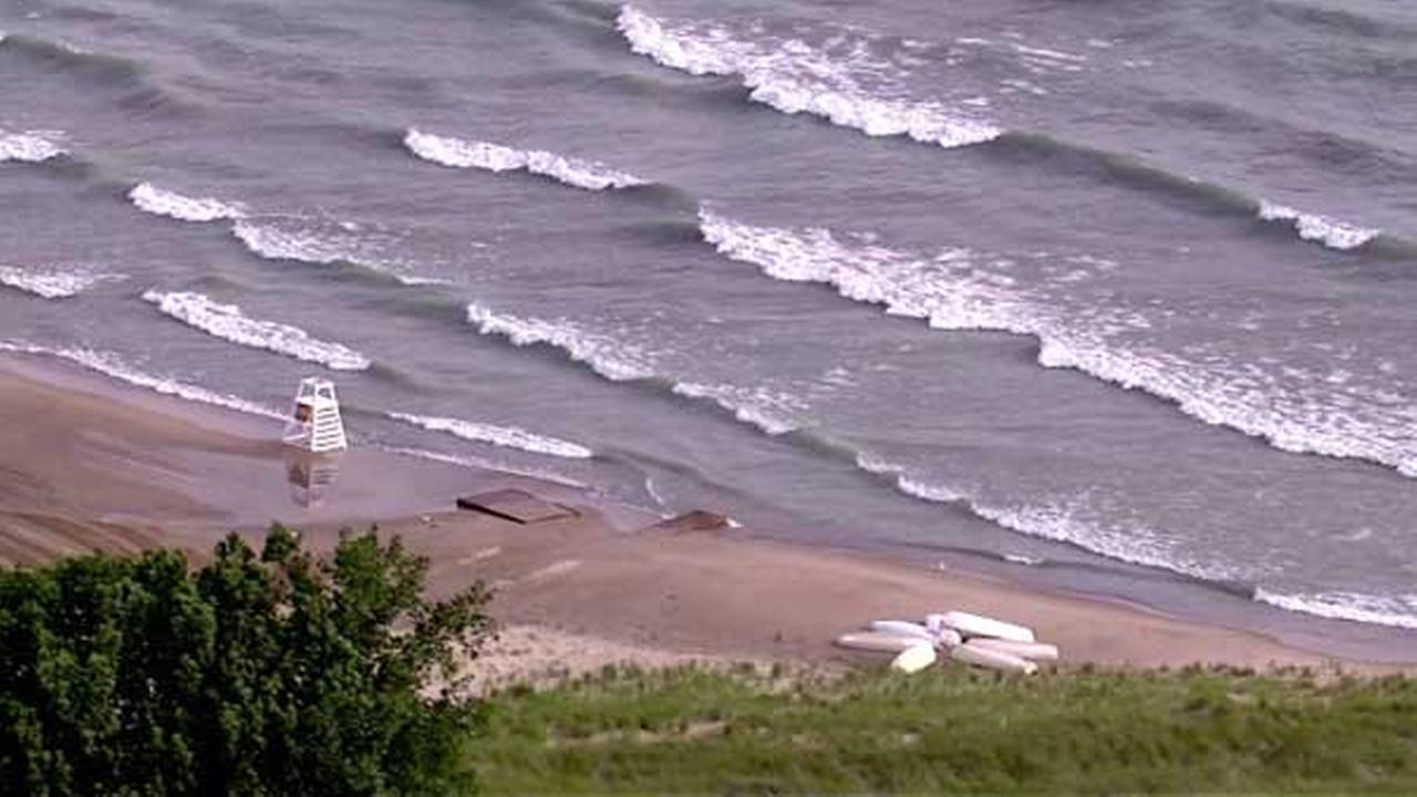 Beach hazard warning for high waves, rip currents in effect