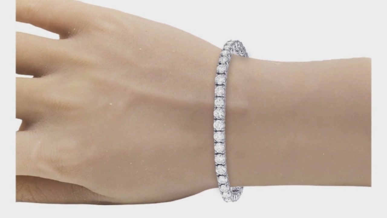 Atlanta-based Jewelry Unlimited accidentally sent 48 diamond bracelets to a Mississippi man.