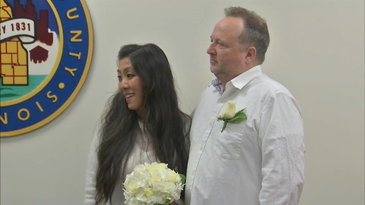 David Lakoskey and Kristina Scare, of Chicagos Lincoln Park neighborhood, ushered in the New Year as a married couple - the first in Cook County.
