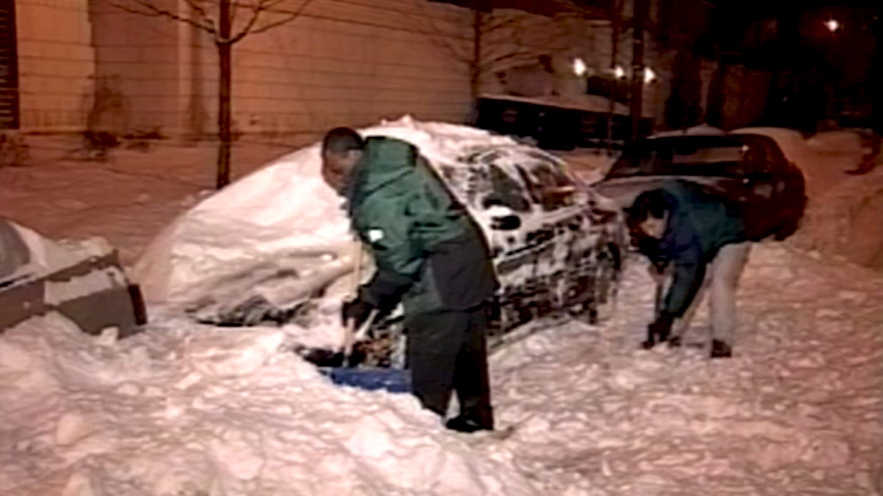 Take a look at the top 5 biggest snowstorms to hit Chicago.