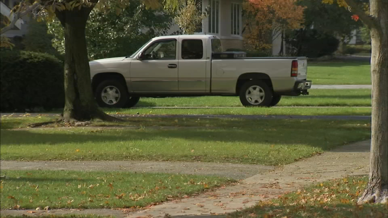 Pickup truck drivers in south suburban Flossmoor will now have a much easier time finding parking thanks to a change in a village ordinance regarding the vehicles.