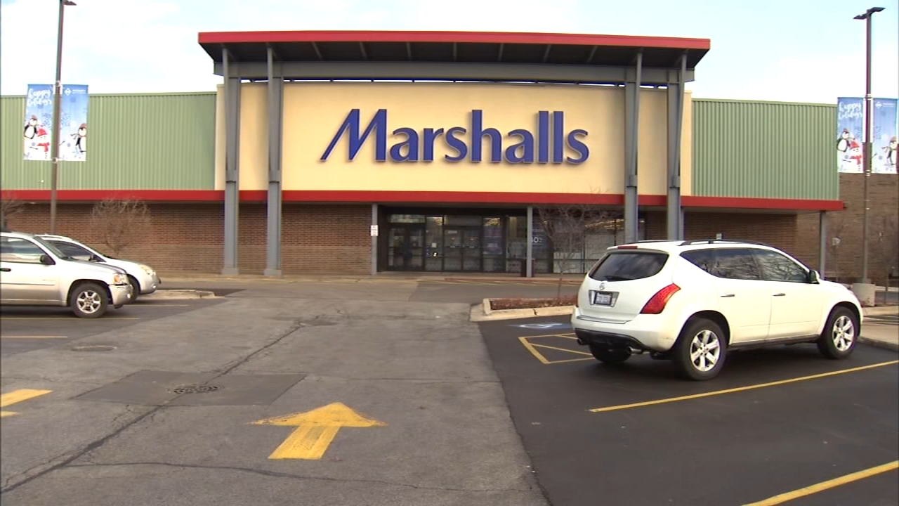 Marshalls is joining the list of discount retailers to shutter stores on Chicagos South Side.