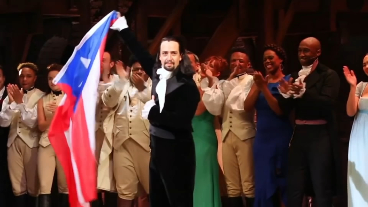 Lin-Manuel Miranda reprised his lead role in the hit musical Hamilton on Friday night to start a two-week run in Puerto Rico.
