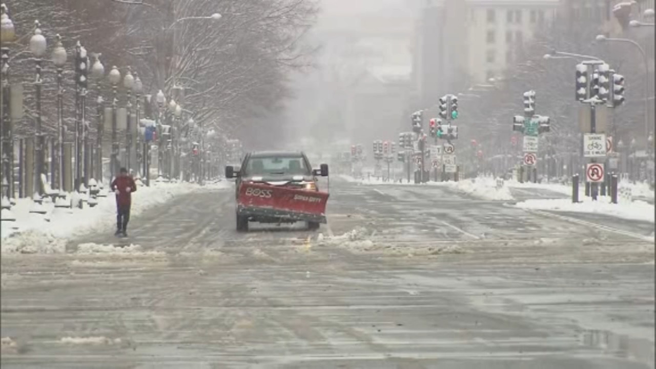 Up to a foot of snowfall is possible in Washington and Virginia on Sunday and into Monday morning, the National Weather Service said.