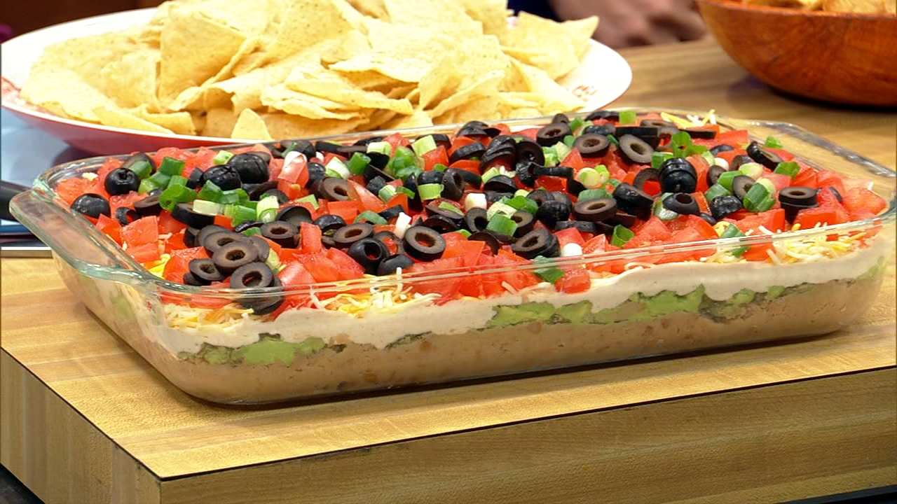 The team from the ABC7 Weekend Morning show shares its favorite Super Bowl party food recipes.