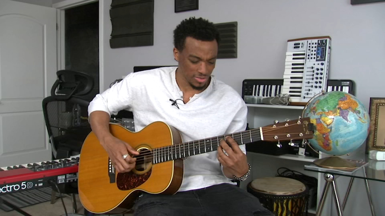 Jonathan McReynolds, a gospel artist from Chicago's South Side, just might win a Grammy this weekend.