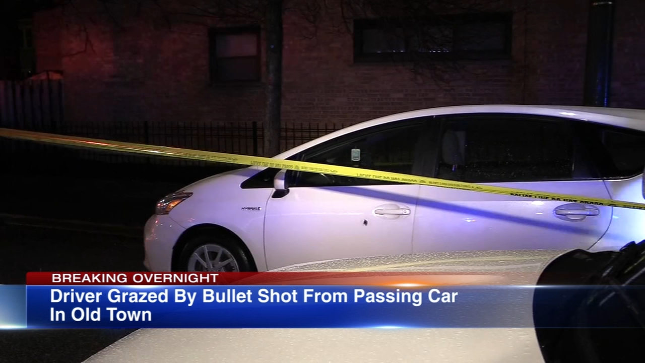 A 28-year-old man suffered a graze wound while driving in the Old Town neighborhood early Thursday morning, Chicago police said.