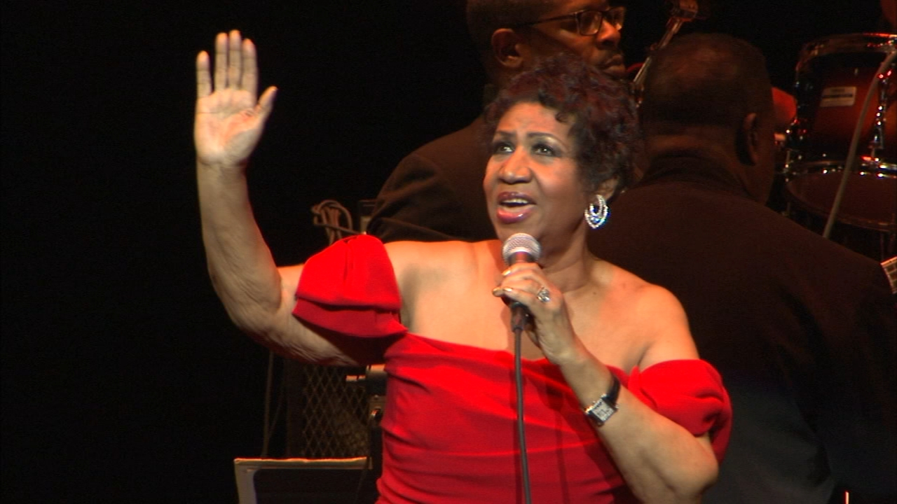 A friend and former producer for the ill singer recalled Aretha Franklins love of Chicago.
