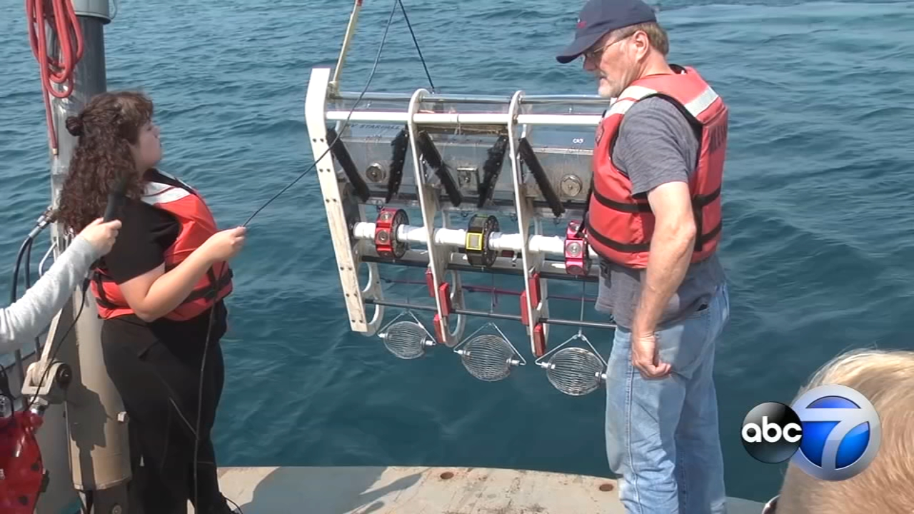 With a one-of-a-kind meteorite hunter called Starfall combing the depths of Lake Michigan, a team from the Adler Planetarium might pull off the improbable.