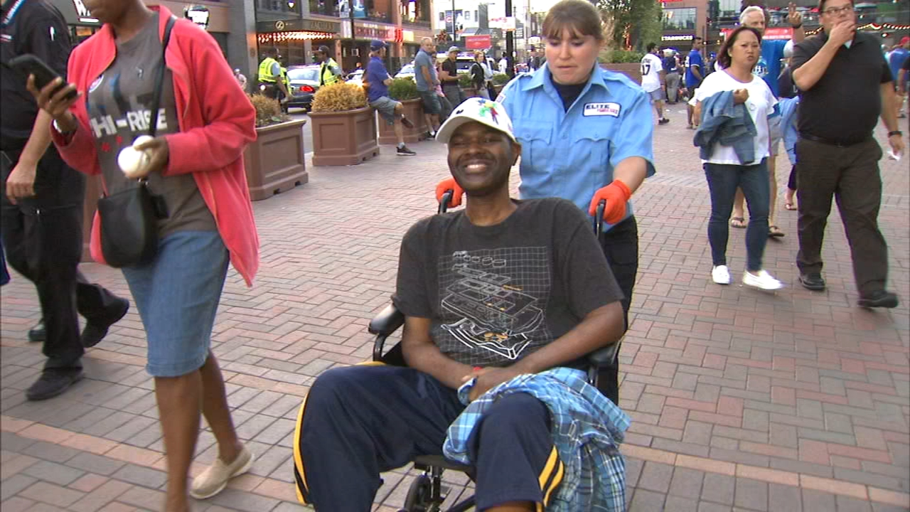 A hospice organization is making Chicago Proud tonight helping two Cubs fans make their dreams a reality.