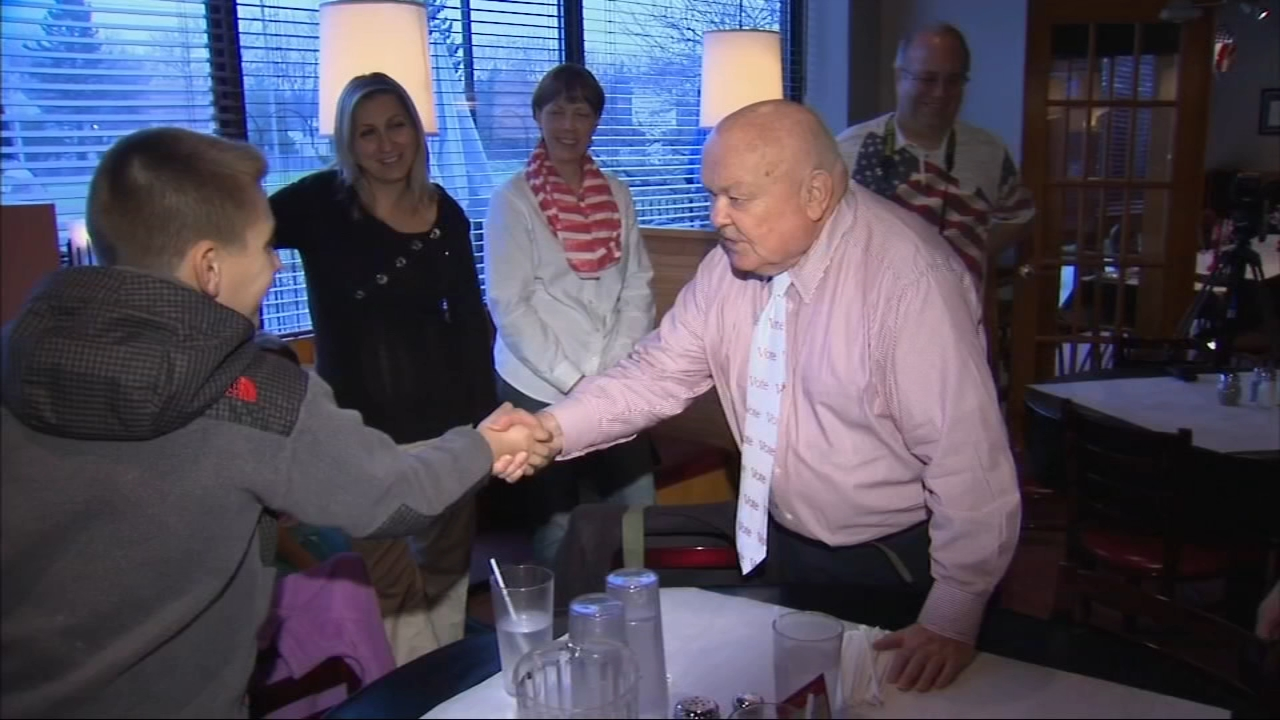 George Pradel, Napervilles longest-serving mayor, died Tuesday, his family and city officials said.