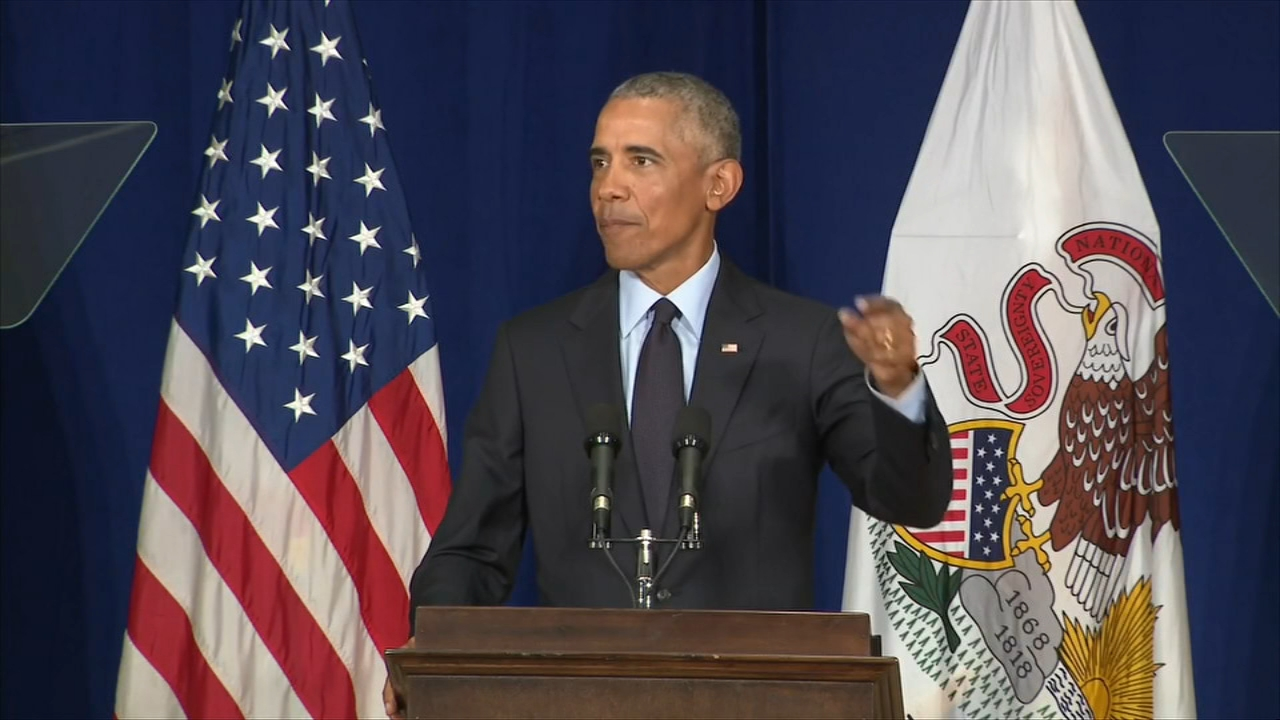 Former President Barack Obama returned to his homestate in a speech previewing his message for the upcoming midterm campaign.