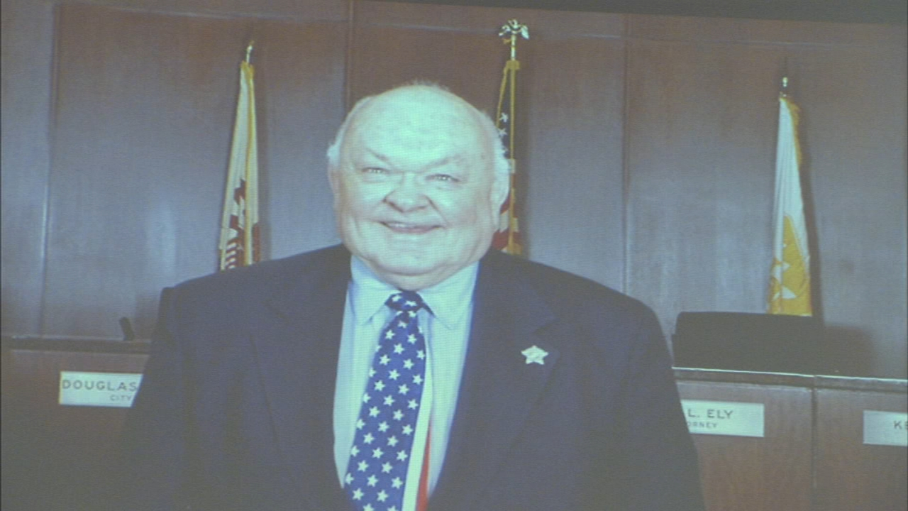 The late Mayor Emeritus of Naperville was remembered at a memorial Saturday.