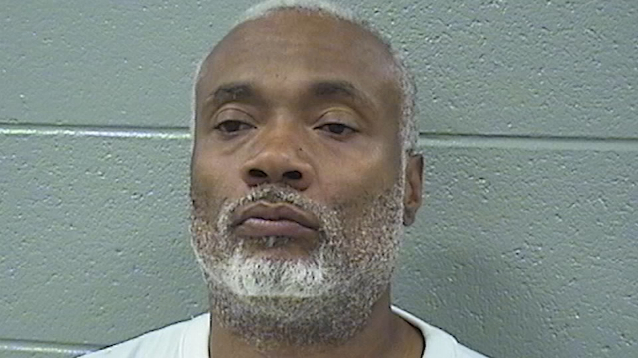 A Cook County judge approved bond Monday for Arthur Hilliard, who charged in the stabbing death of a man found in a shopping cart in a South Side alley. Hilliard is also a suspect